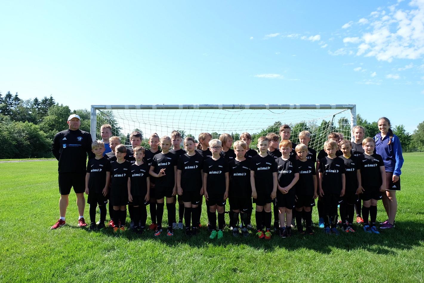 b9a81eff9ed Täna algas Lihula staadionil Eesti Jalgpalli Liidu ja RIMi laste jalgpalli  suvelaager. Lihulas on laager juba neljandat suve ja laste arv on igal  aastal ...